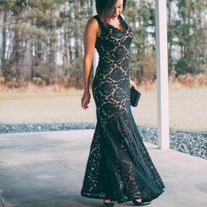 Dresses & Skirts - Floor Length Lace Mermaid Evening Gown
